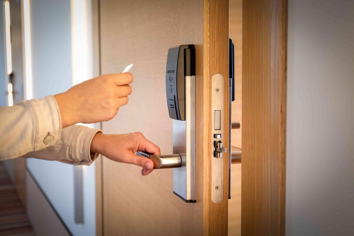controle acces carte magnetique hotel